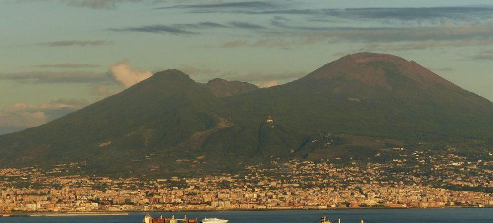 Neapel und der Golf vor Sorrent
